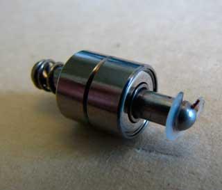 dva-sharikopodshipnika-na-vtulke-ventilyatora-min.jpg